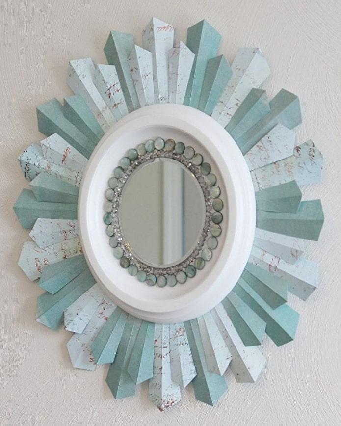 зеркало декорированное обоями