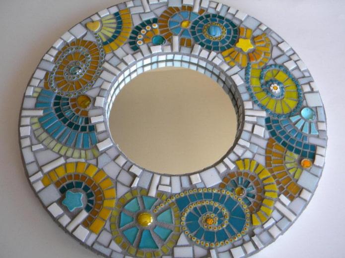 Декор зеркала в интерьере – более 50 креативных фото