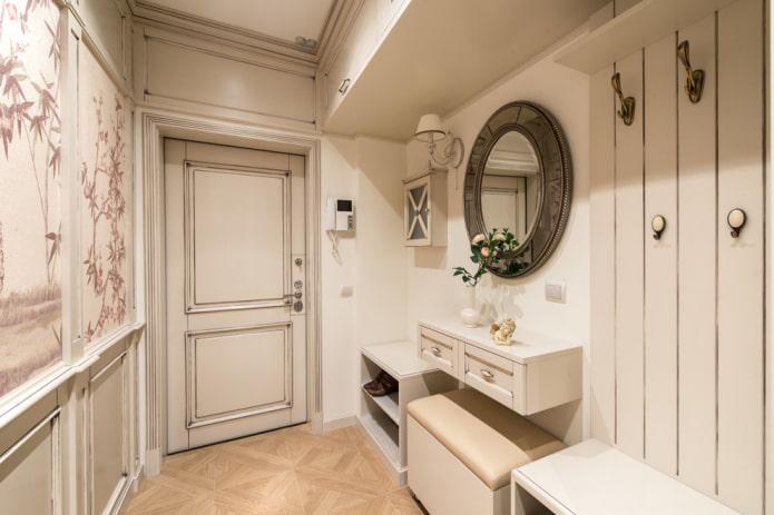 двери из МДФ в прихожей в стиле прованс