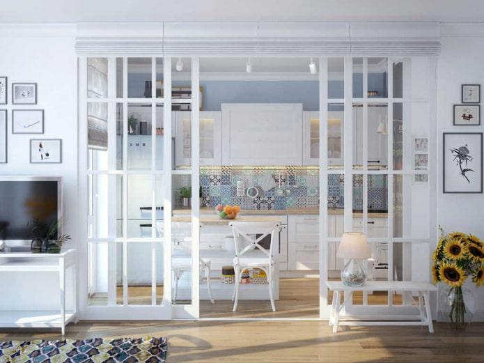 раздвижные двери в интерьере кухни-гостиной в стиле прованс