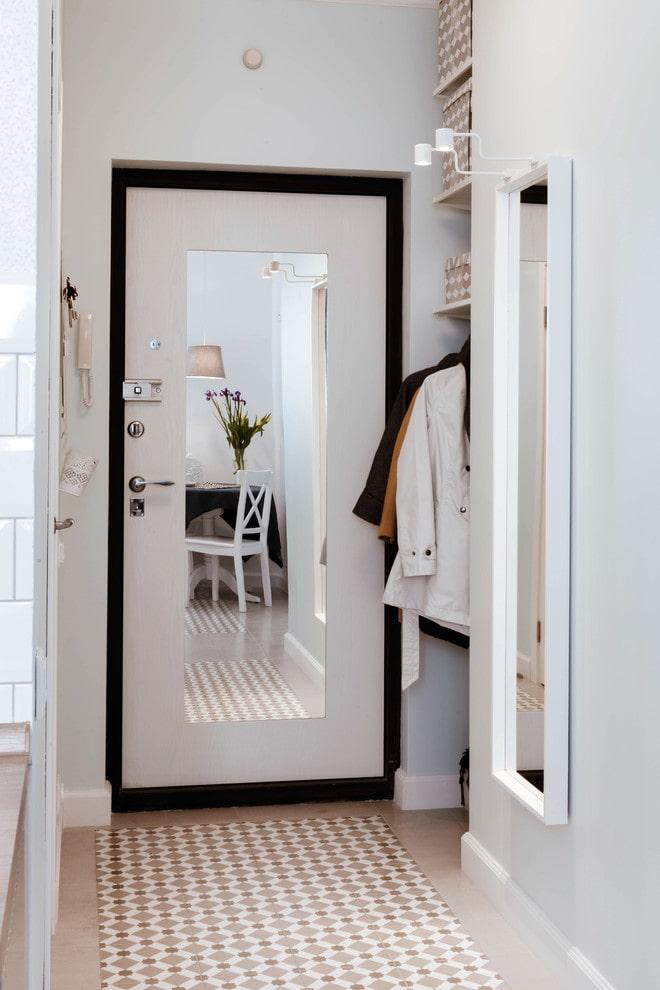 Фото отделка декоративным камнем дверей на кухне подарок, предназначенный