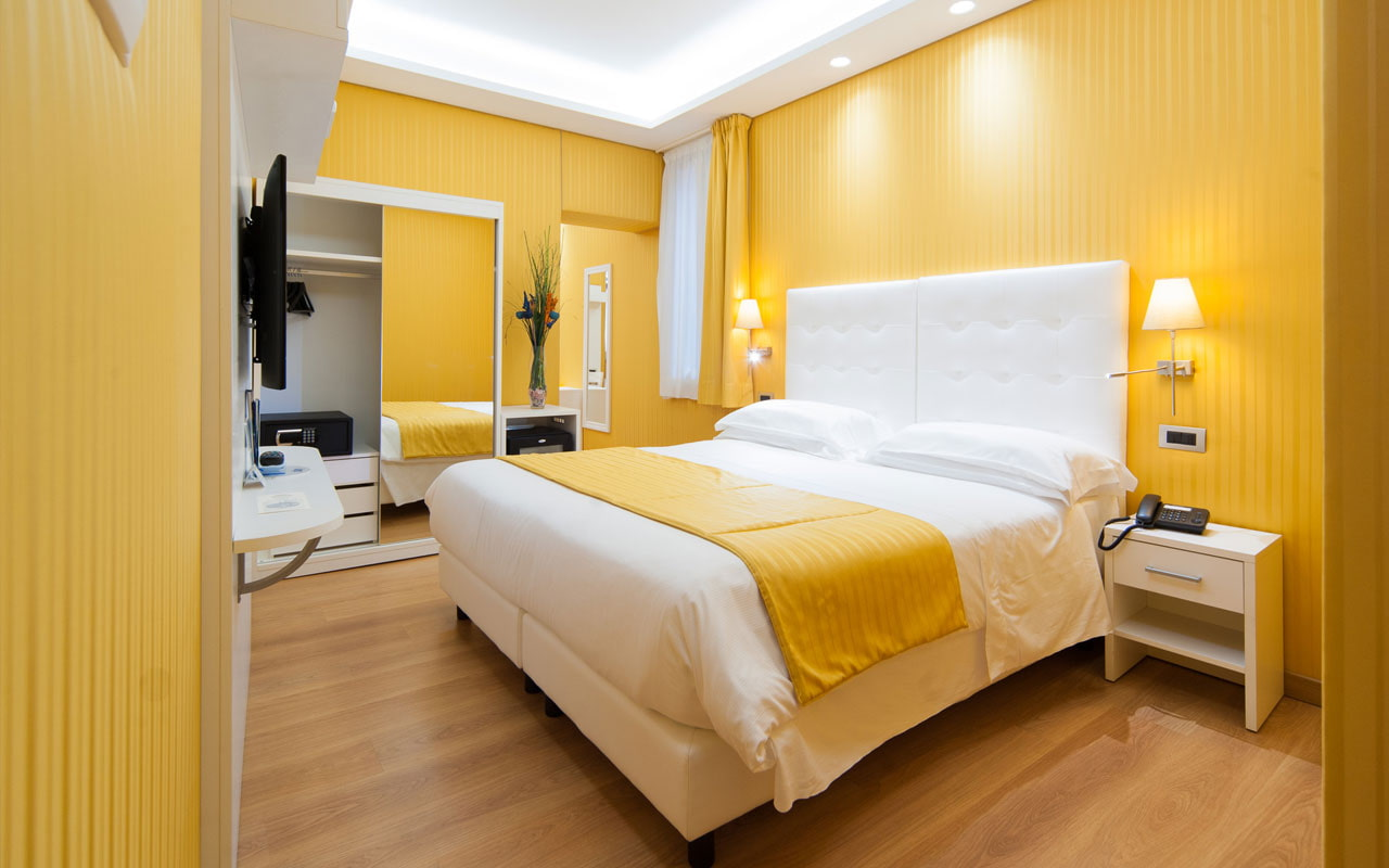 после спальня в желтом цвете фото ошибочно полагают