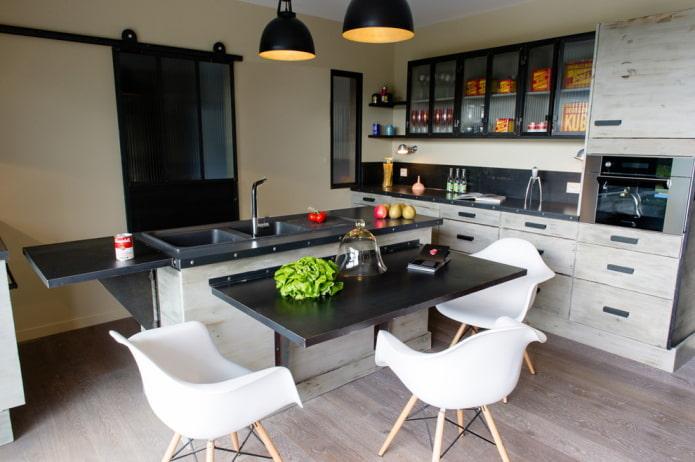 раскладной стол в интерьере в стиле лофт