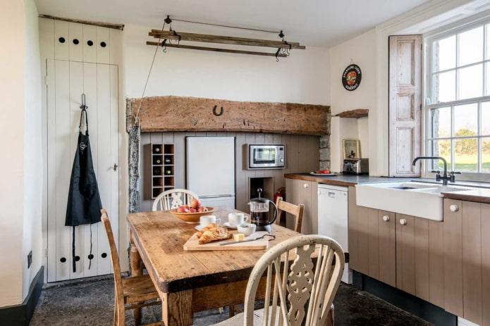 Деревянные столы: фото в интерьере, виды, формы, цвет, дизайн, необычные идеи