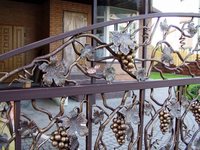 фрагмент декора ворот