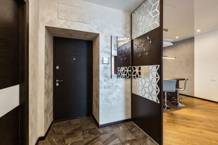 отделка дверей декоративной штукатуркой в интерьере