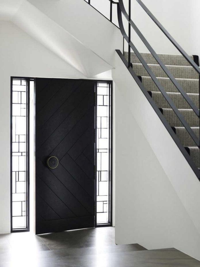 Входные двери: 60 фото в интерьере, современные идеи для квартиры и дома