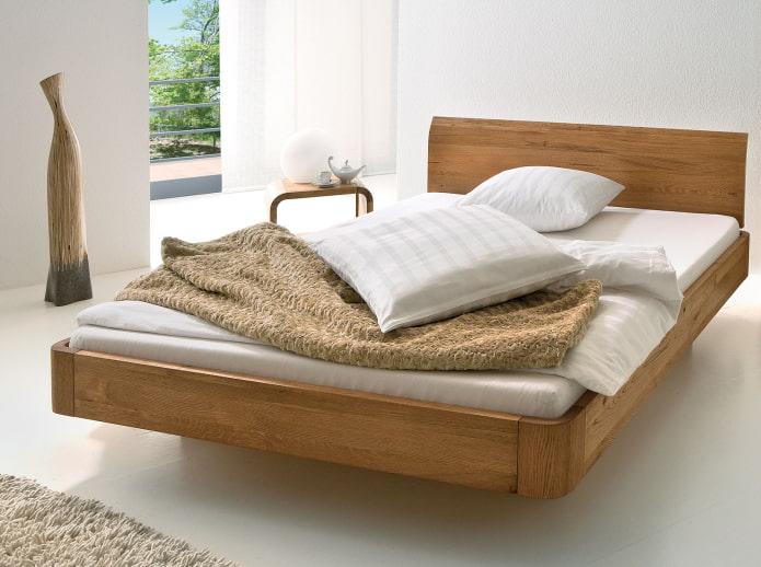 деревянная парящая кровать