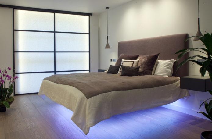 кровать с парящим эффектом и подсветкой