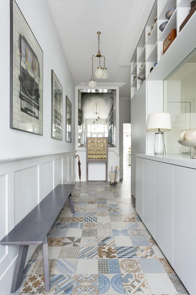 Плитка на пол в коридор и прихожую: 50 фото в интерьере, идеи облицовки