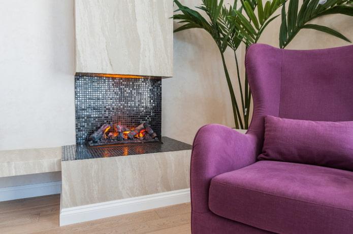 мозаика на камине в интерьере гостиной