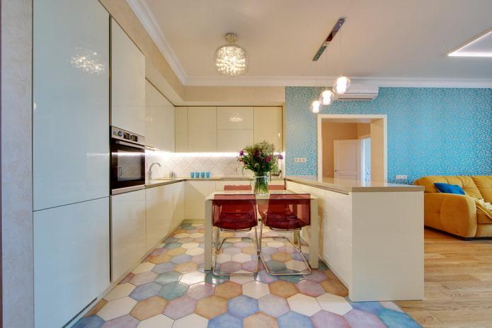 напольная плитка в виде сот в интерьере кухни