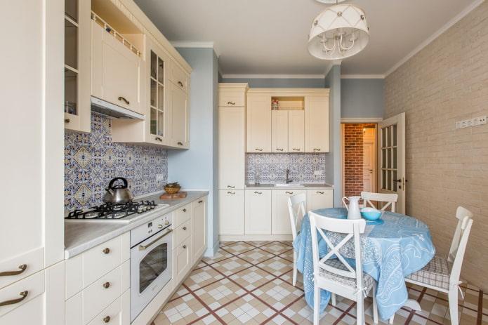напольная плитка на кухне в стиле прованс