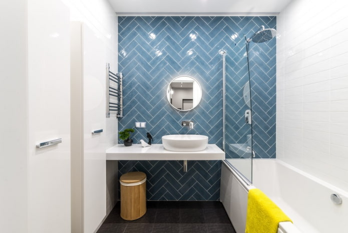 плиточная раскладка на стенах в ванной