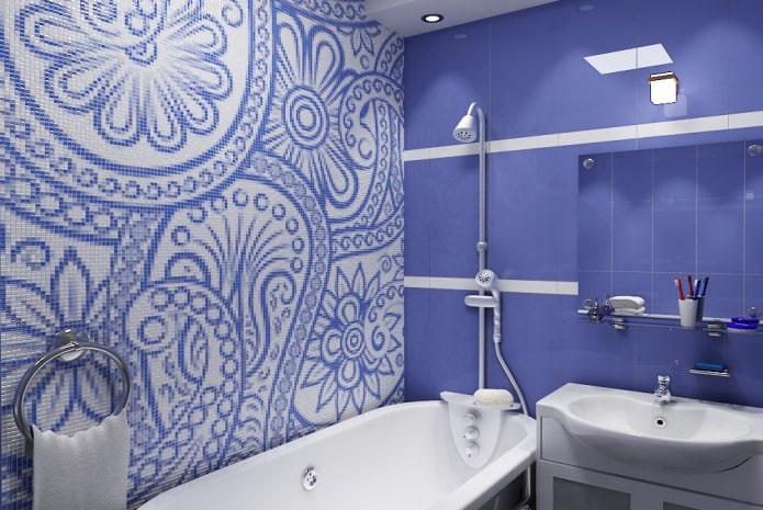 плиточная раскладка с орнаментом в интерьере ванной