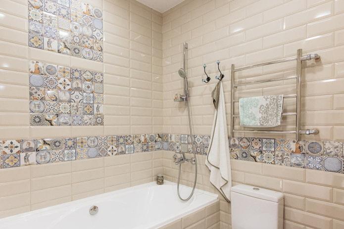 плиточная раскладка в интерьере ванной