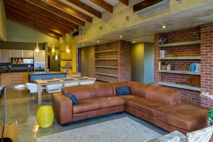 Коричневый диван в интерьере: 60 фото, идеи в светлых и темных тонах