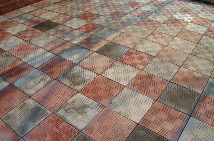 плитка для тротуара с текстурой шашки