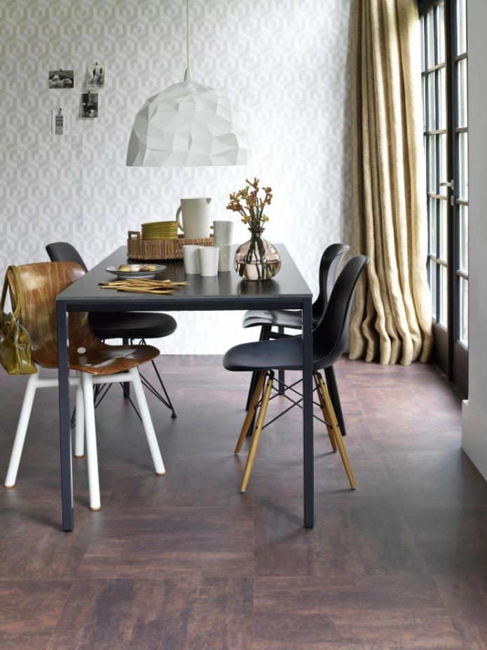 кварцвинилая плитка в столовой