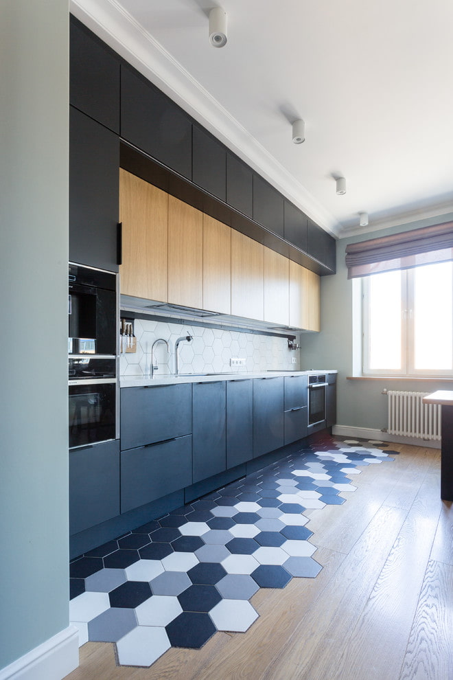 комбинация ламината и плитки в интерьере кухни