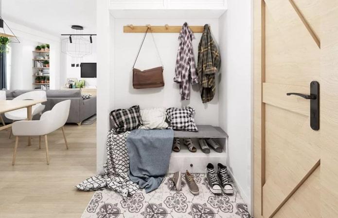 комбинация ламината и плитки в скандинавском стиле