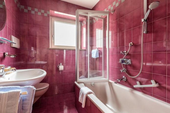 плитка розового цвета в интерьере ванной