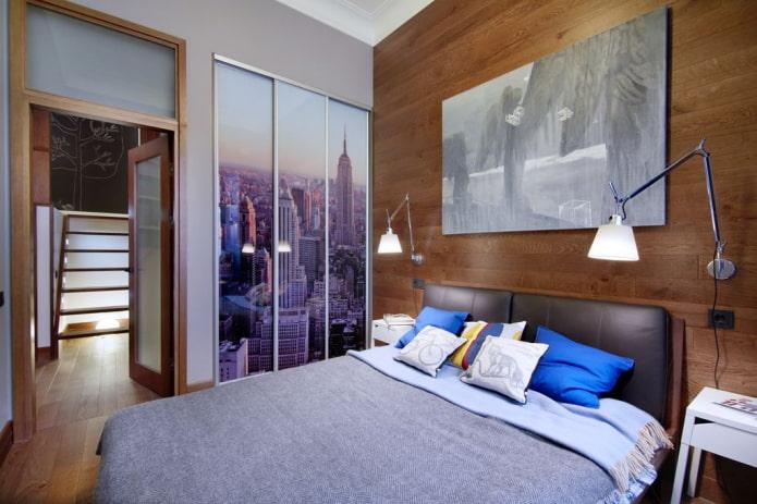 шкаф-купе с фасадом с фотопечатью в интерьере спальни
