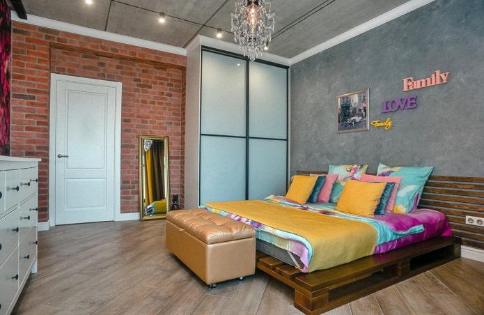 шкаф-купе в интерьере спальни в стиле лофт