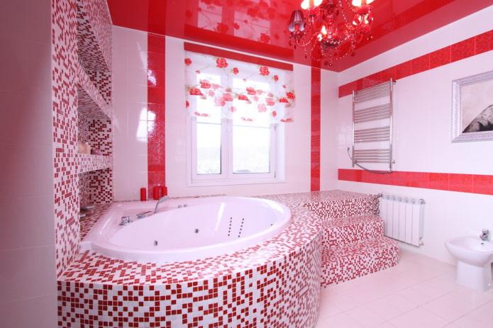 отделка ванной в красных оттенках