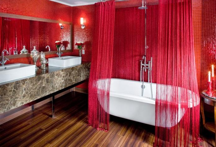 интерьер ванной в красных тонах