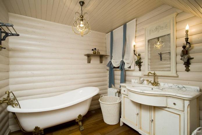 Освещение в ванной в загородном доме