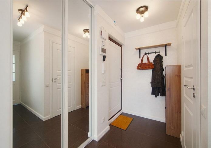 интерьер прихожей в квартире 50 квадратов
