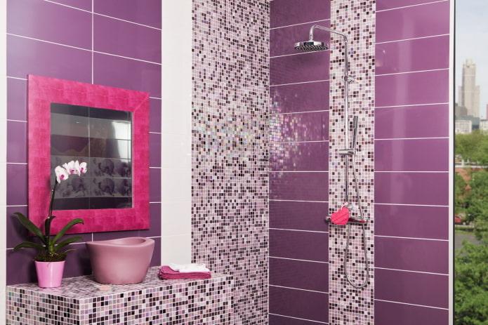 Розовые детали и мозаика