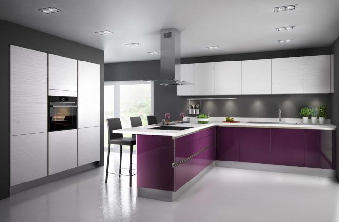 дизайн кухни в серо-фиолетовых тонах