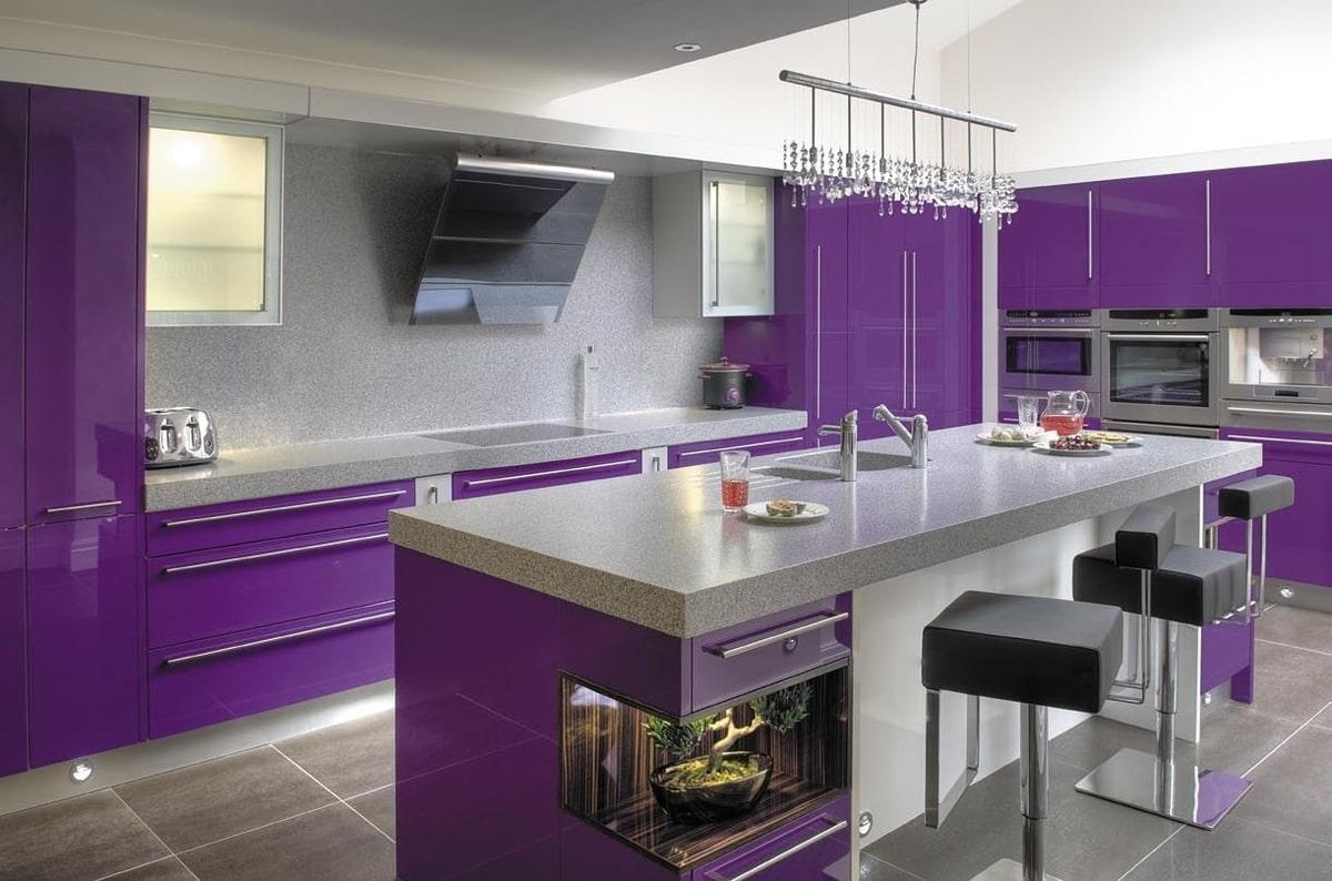 идеи картинки в фиолетовых тонах для кухни применяются преимущественно
