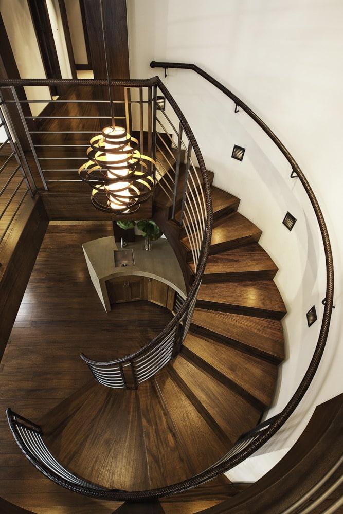 освещение лестницы в интерьере частного дома