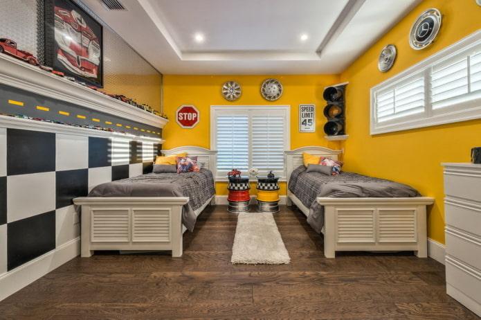 интерьер спальни для мальчика в желтых тонах