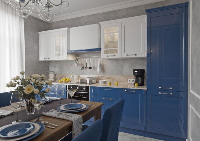 кухня в синих тонах в стиле неоклассика