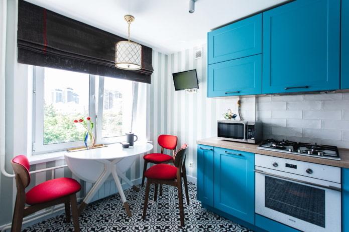 расстановка мебели в интерьере малогабаритной кухни
