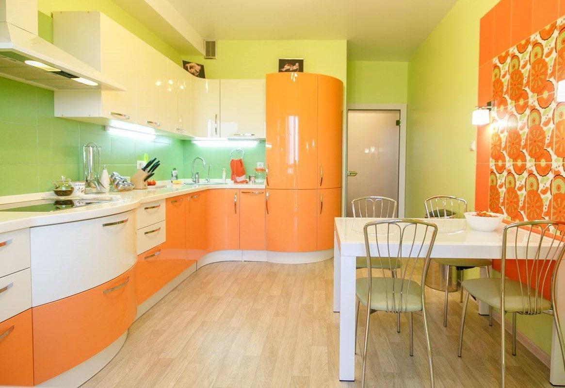 кухня зеленого и оранжевого цвета фото начале моей карьеры
