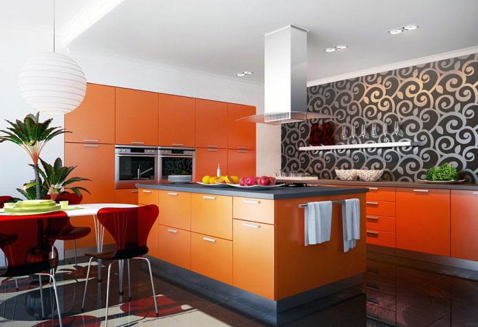 обои в интерьере кухни в оранжевых тонах