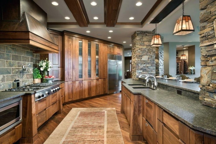 кухня в коричневых тонах в стиле кантри