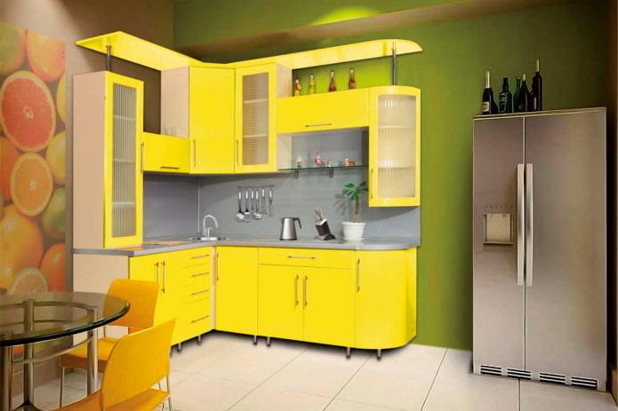 интерьер кухни в желто-зеленых тонах