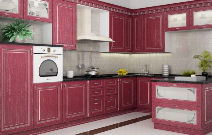 интерьер кухни в розовых тонах