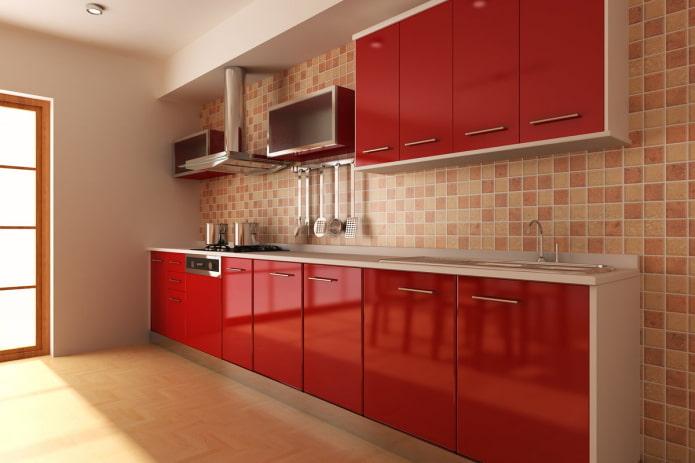 интерьер кухни в красно-бежевых тонах