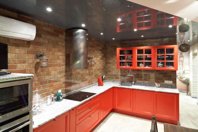 красный интерьер кухни в стиле лофт