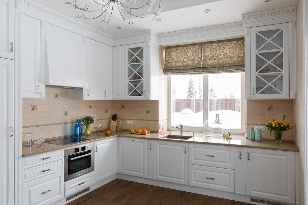 кухни классика с окном фото утеплителей для стен