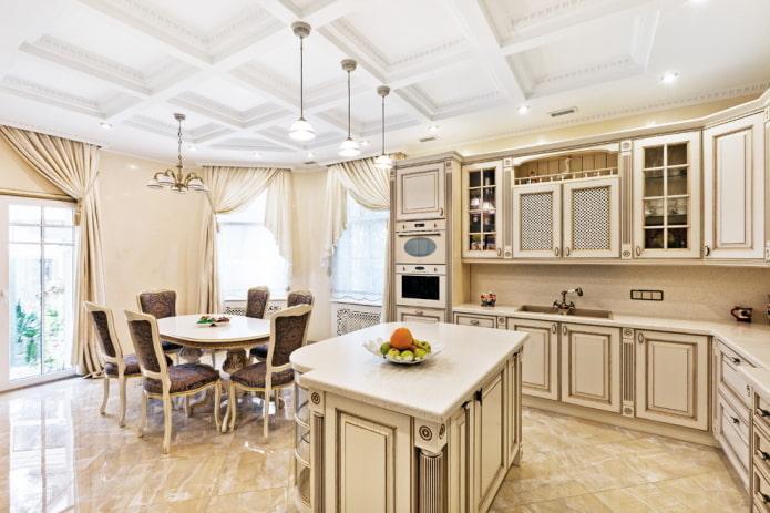 бежевый интерьер кухни в классическом стиле