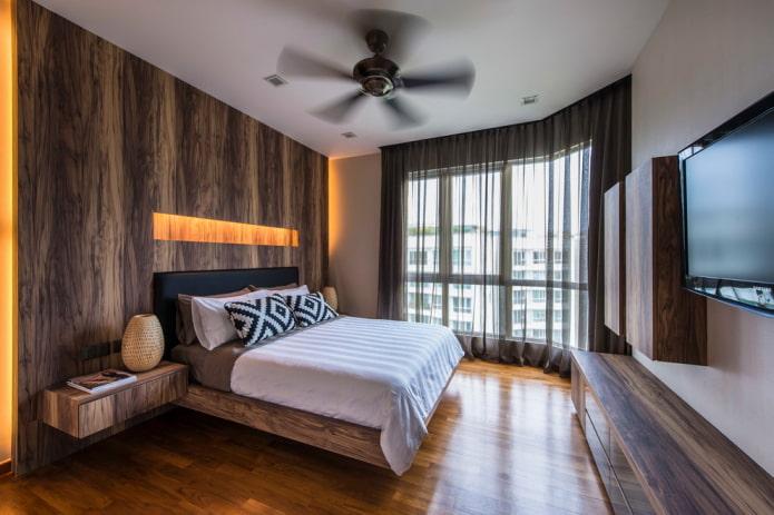 шторы в интерьере коричневой спальни