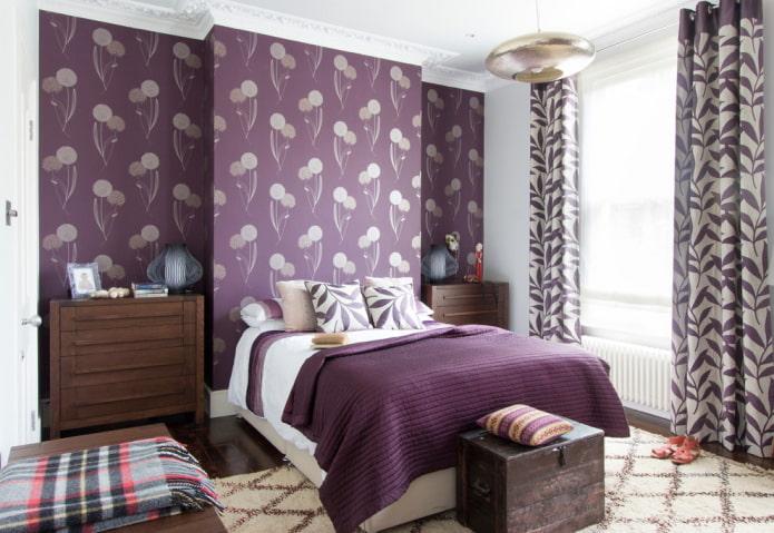 отделка фиолетовой спальной комнаты